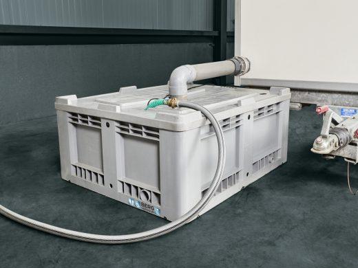 Filtertank met pomp 400 liter huren